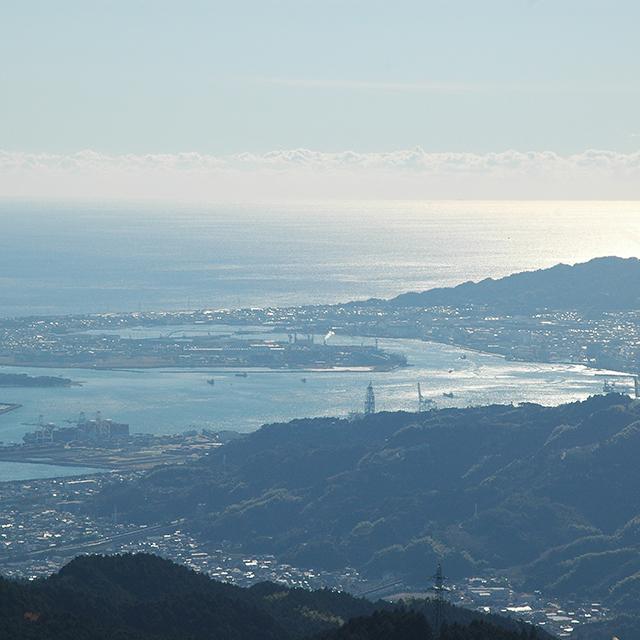 浜石岳から駿河湾を望む