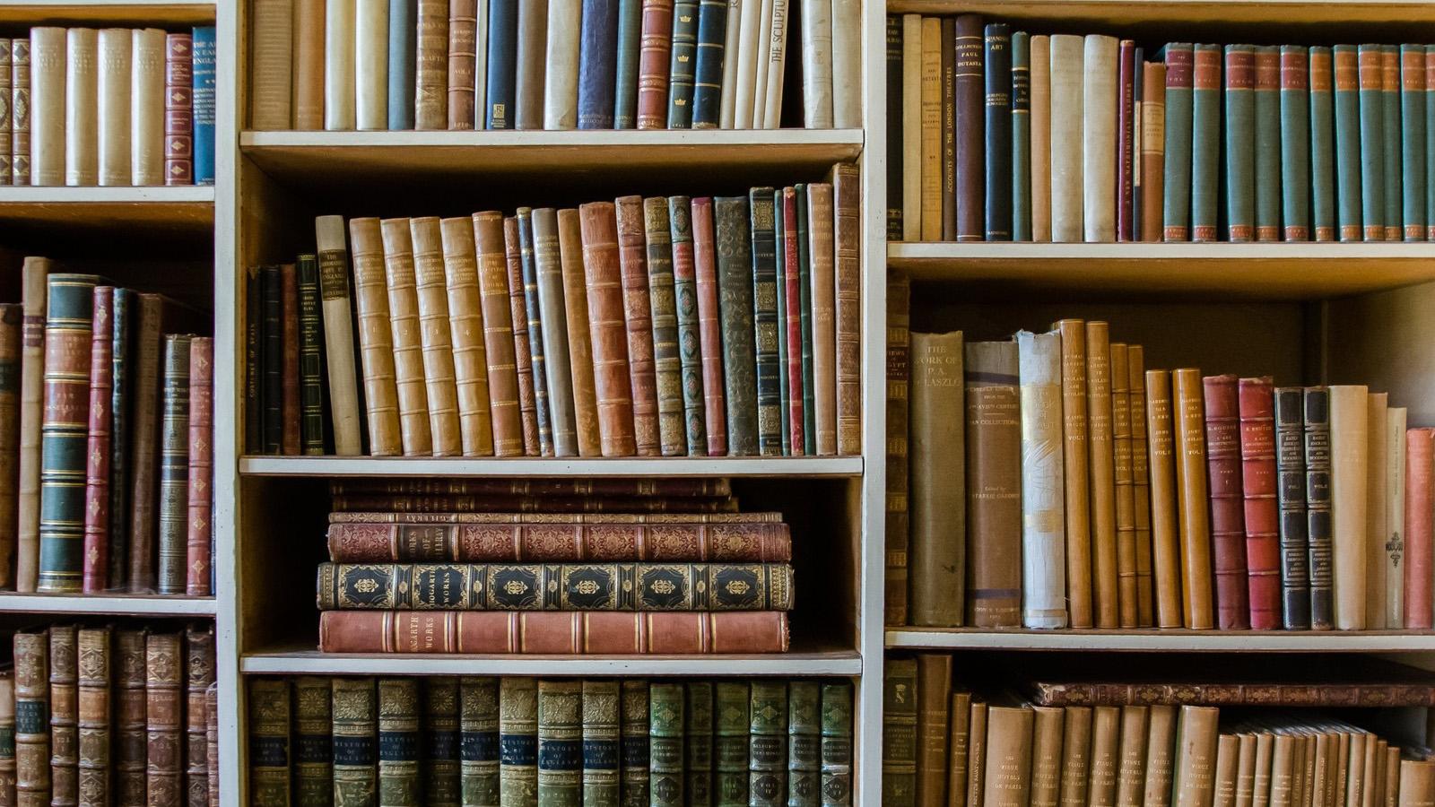 本棚を捨てました
